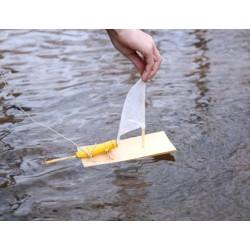 Vyrobte si vlastnú motorovú loďku